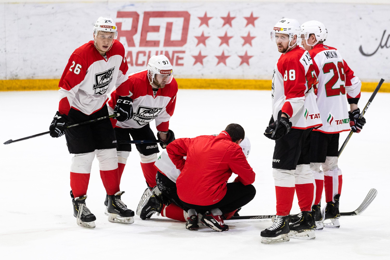все картинки хоккей нефтяник больных детей